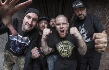 "HATEBREED с видео към ""Seven Enemies"""